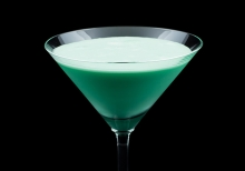A creme de menthe holiday cocktail called a Mistletoe Kiss